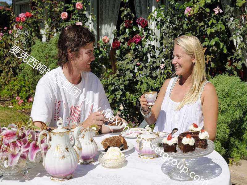墨尔本东南200公里花园酒店物业+生意195万澳元 年销售额30万澳元