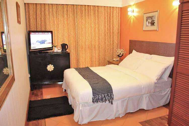 Boutique Hotels in Orchard, Little India & Balestier For Sale ! 90670575