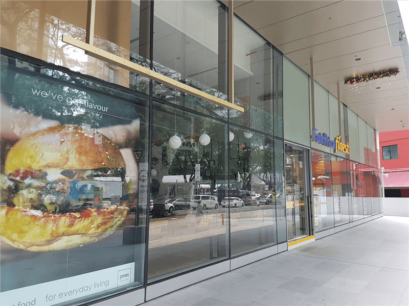 Ground Floor Prime Location - Fitted F&B Cafe Bistro - No Takeover Fee - Orchard