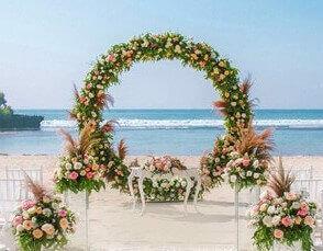 Established Hotel Wedding Decor Vendor + Online Flower Shop